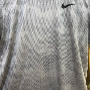 Nike men's dry fit t-shirt